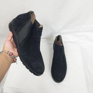 Adrienne Vittadini Black Suede Leather Booties 11